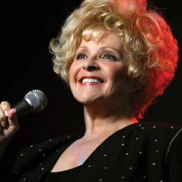 "Brenda Lee ""Rockin' Around The Christmas Tree on The Tom Sumner Program"